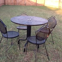 Round black metal mesh top 5-piece table and chair patio set Austin, 78617