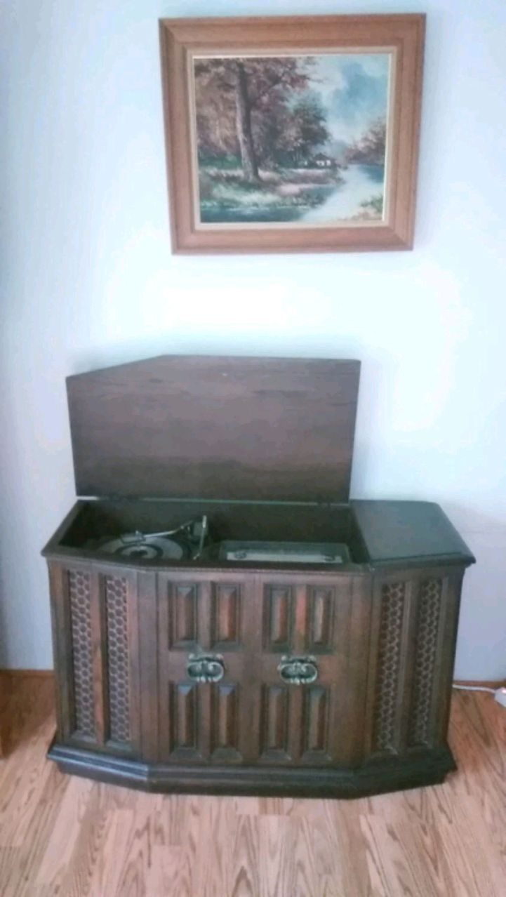 Photo Panasonic AM FM stereo and record player