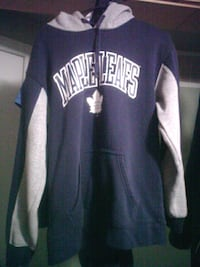Authentic leafs hoodie Acton