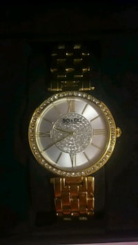 round gold-colored analog watch with link bracelet Brantford, N3R 1S7