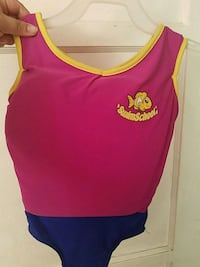 Bathing suit with life jacket for 2-3 yr olds Long Beach, 90806