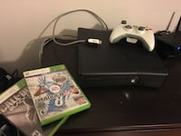 Xbox 360 console with controller and game case Kamuela, 96727