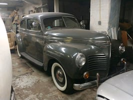 1940 Plymouth Deluxe / Special Deluxe