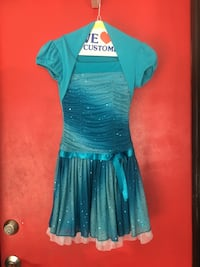 Girls Christmas dress. Size 8. Donation goes to paradise fire families  La Quinta, 92253