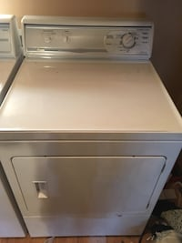 white front-load clothes washer Mechanicsville, 23111