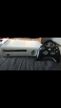 Xbox 360 with games  Calgary, T2H 1T4