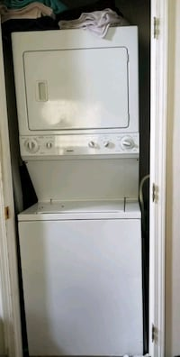 white stackable washer and dryer Adairsville, 30103