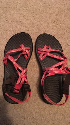 Women's size 8 chacos worn lightly