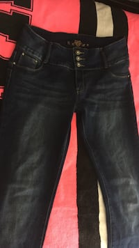 Skinny Blue Jeans Concord, 94519