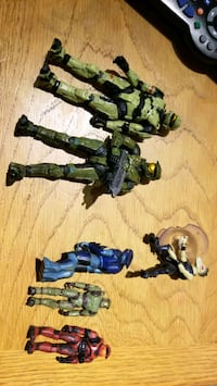 Halo Action figure toy lot