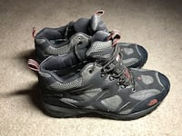 gray-and-black The North Face hiking shoes 里贾纳, S4S 6A7