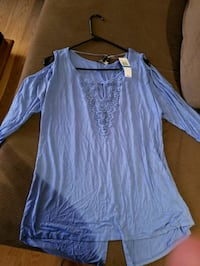 Cold shoulder top brand new with tags Torrance, 90504