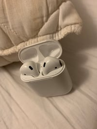 Brand new airpods Mississauga, L5M 7Z9