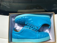 pair of blue high-top sneakers Suitland, 20746
