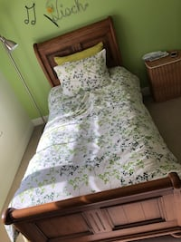 Ethan Allen Twin bed  Annandale, 22003