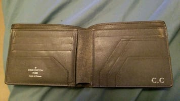 ☆ louis vuitton Wallet . a few marks see pictures