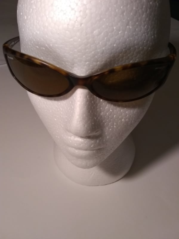 Arnette Swinger Sunglasses  (Phone number hidden by letgo) rized Mad 6adec208-51a7-4396-ab6f-a6f3c6546699