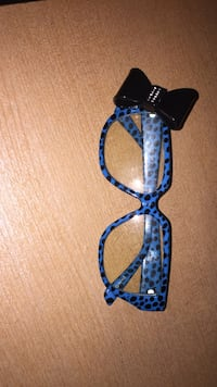 clear eyeglasses with blue and black polka-dot frames Charles Town, 25414