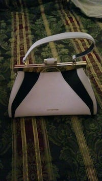 white and black leather tote bag Laurel, 20707
