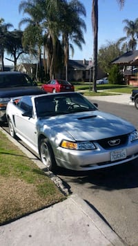 2000 - Ford - Mustang Los Angeles