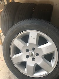 "Land Rover wheels 19 "" with Tires 255-55R19 Rancho Cucamonga, 91739"