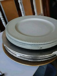 round white and brown ceramic plates