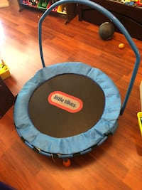 Little Tikes Kids Trampoline. Ashburn, 20147