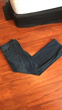 Medium Wash Tall Jeans Niagara-on-the-Lake, L0S 1J0