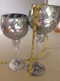 two clear glass candle holders Catonsville, 21228