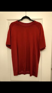 XL lulu lemon shirt  Edmonton, T6W 2K6