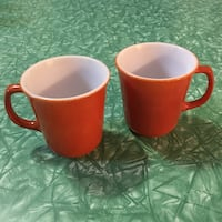 Pair of vintage Pyrex mugs Vancouver, V5K 3E4