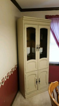 Antique hutch-wood Fort Wayne, 46835