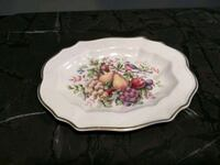 Vintage Avon collectibles - platter and plate Sioux Falls, 57106