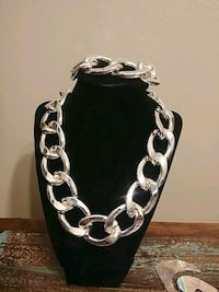 silver-colored chain necklace Edinburg, 78539