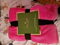 Kate Spade queen blanket  Whitby, L1N 5L9