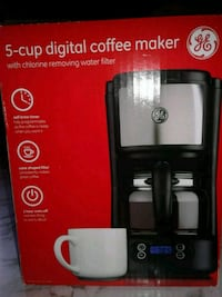Coffee maker Toronto, M1P 5B4