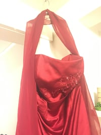 Apple red gown