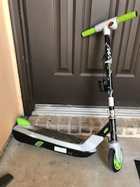 white and green kick scooter Laredo, 78046
