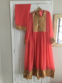 women's red and brown long-sleeved dress Ashburn, 20147
