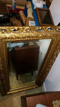 Antique mirror w beveled glass  Aldie, 20105