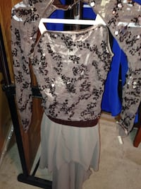 women's white and blue floral dress Fort Erie, L2A