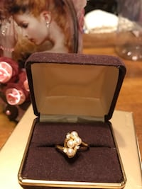 Pretty!  Gold Pearl Ring with tiny little diamond stones Gainesville, 20155