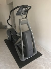 EFX 546i Elliptical Trainer $500 or Free to military/1st responders McLean, 22102