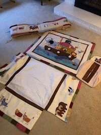 Baby Crib Bed Set (Comforter - Diaper Bag - Bed Skirt - Crib Bumper) North Vancouver, V7K
