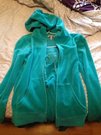 Juicy couture track suit  Calgary, T1Y 3W5