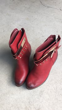 Pair of red leather Bucco booties brand new size 9 Surrey, V4N 0G5