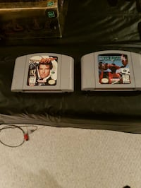 2 Nintendo 64  star fox  and 007 game cartridges