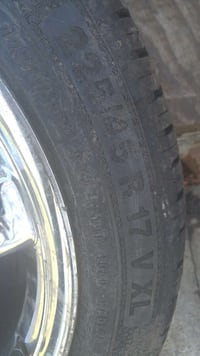 17 inch tire good condition $40
