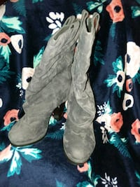 Grey heeled boots Apache Junction, 85120