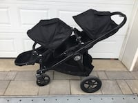 City select double stroller with car seat adaptor for newborn Montréal, H1C 0B6